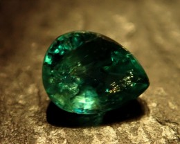 0.57 CT EMERALD Colombia, untreated, from collectors