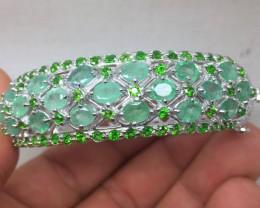 (B2) Stunning Nat 126.0tcw. Brazilian Emerald & Chrome Diopside Bangle