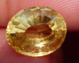2.80 CRT FACETED GOLDEN YELLOW CITRINE-