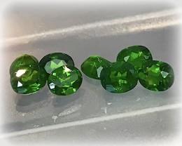 8 piece Intense Green Chrome Diopside Gem Parcel No reserve