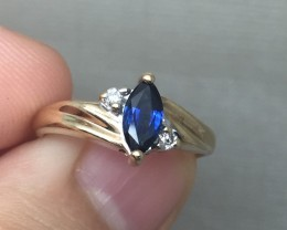 (B4) Gorgeous Nat. 0.50ct Blue Sapphire &Diamond Ring 10K YG 2.2gr