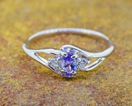 N/R Natural Tanzanite & W.Topaz 925 Sterling Silver Ring Size 7 (SSR041