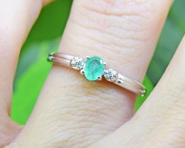 N/R Emerald  Natural 925 Sterling Silver Ring Size 5 (SSR0417)