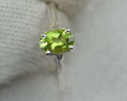 NATURAL UNTREATED PERIDOT RING 925 STERLING SILVER JE530