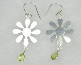 NATURAL UNTREATED PERIDOT EARRINGS 925 STERLING SILVER JE557