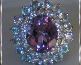 AN EXTREMELY CLASSY RING ~ VVS AMETHYST &