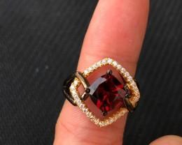 21.5ct Garnet 925 Sterling Silver Ring US 6