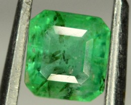 No Reserve - 0.85 Carat  Rare ~ Beautifull Swat Emerald Gemstone from Pakis
