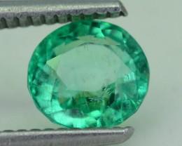 Glowing 1.62 ct Colombian Emerald SKU.8