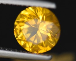 UNHEATED CERTIFIED 2.15CT 7.7mm Round Brilliant Cut Yellow Sapphire