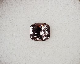 1,10ct light pink Spinel - Master cut!