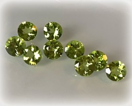 9 piece  Peridot Gem Parcel 5mm VVS stones