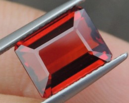 4.64cts Spessartite,  Untreated Vivid Stone,  Clean