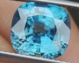 BLACK FRIDAY 5.93cts, Blue Zircon,