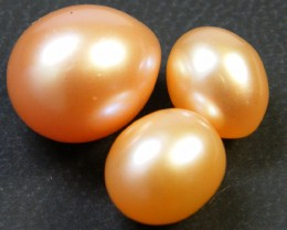 PARCEL HIGH LUSTRE FRESH WATER PEARLS 17.10  CTS SG 1161