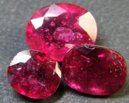 PARCEL BLOOD RED RUBIES 5.60 CTS RM 371