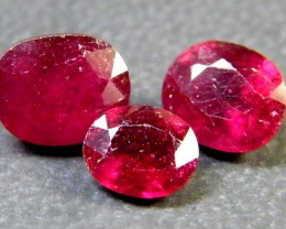 PARCEL BLOOD RED RUBIES 4.35 CTS RM 389