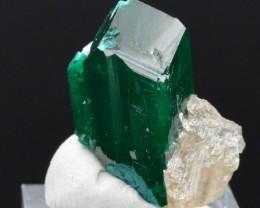 Dioptase 4,5 grams - Tantara Mine, Shinkolobwe, Kambove District, Congo