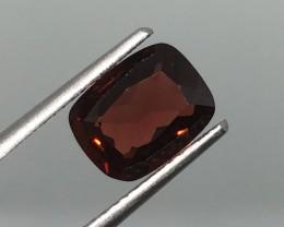 2.43 Carat VVS Garnet Mozambique - Rich Ruby Red - Quality !