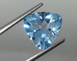 4.05 Carat Topaz Sky Blue Trillion _ Beautiful Clarity !