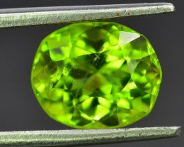 2.80 ct Natural Green Peridot