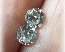 A Pair of Sparkling White Zircon gems - 4.50mm No reserve ~