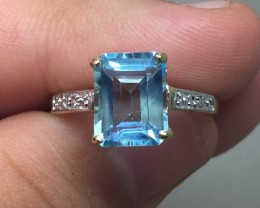 (B5) Genuine Nat. 2.2ct Blue Topaz & Diamond Ring 10K YG 1.7gr