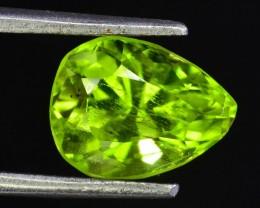 2.35 ct Natural Green Peridot