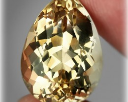 18.20ct Golden Topaz - Creme of the Creme Top Notch Beauty VVS jewel