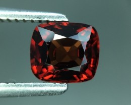 NO RESERVE - 1CT - RED NATURAL MOGOK SPINEL - RETAIL 600$