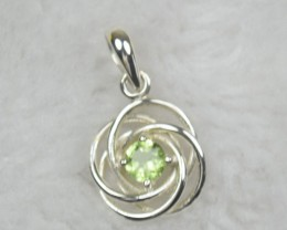 NATURAL UNTREATED PERIDOT PENDANT 925 STERLING SILVER JE850