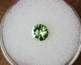 0,75ct Apple green Tourmaline - Master cut!