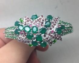 (B2) Nat 114.7tcw.  Aventurine C.Diopside Emerald Rhodolite Garnet Sapphire
