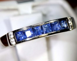 9.75-CTS  SAPPHIRE RING BLUE AND WHITE    SG-2630