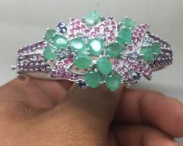 (B2) Nat 124.8tcw.  Emerald Rhodolite Garnet Sapphire Tanzanite & Ruby
