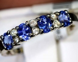 7.6-CTS  SAPPHIRE RING BLUE AND WHITE    SG-2645