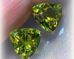 FABULOUS PERIDOT PAIR - JEWELLERY GRADE GEMS 6.00MM EACH
