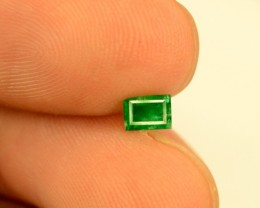 No Reserve -  0.30 carats Rare ~ Swat Clean Deep Color Emerlad gemstone fro