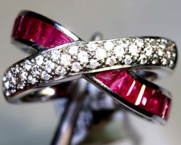 14.10-CTS  RUBY RING AND WHITE   SG-2677