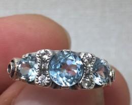 (B3) Magnificent Nat 2.0ct.  Aquamarine & Topaz Ring