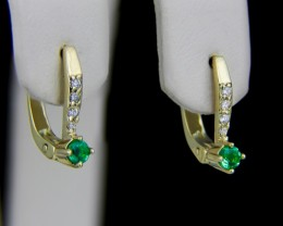 14k Gold Earrings With Emeralds And Diamonds.