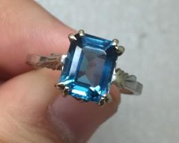 (B4) $1800 Nat. 2.50ct Top Quality Designer Blue Topaz Ring 14K WG 3.4gr
