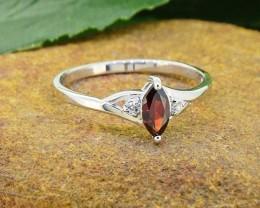 N/R Natural Garnet 925 Sterling Silver Ring Size 8(SSR0427)
