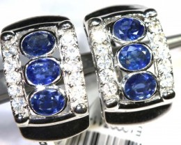 28.85 CTS - SAPPHIRE EARRING BLUE AND WHITE  SG-2702
