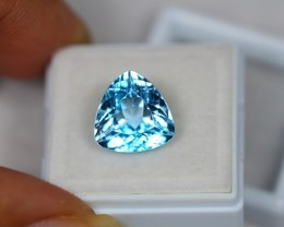6.64Ct Blue Topaz Trillion Cut Lot LZB201