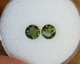 1,32ct Moldavite pair - Natural faceted Tektite!