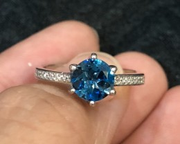 13.5ct Blue Topaz 925 Sterling Silver Ring US 7