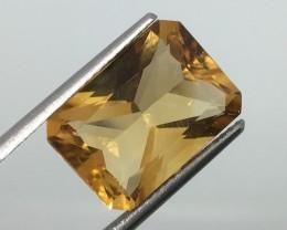 6.68 Carat VVS Citrine Golden Radiant Cut - Amazing Quality !