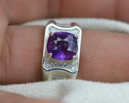 ENGAGEMENT SILVER RING FOR MEN WITH STUNNING 3.80 CTS VIOLET SAPPHIRE