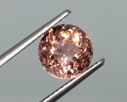 2.28 Carat VS Toumaline Pinkish Pink - Incredible Sparkle and Flash !